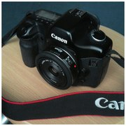 Продам Canon EOS-5D + Объектив Canon EF 40mm f/2.8