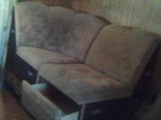 продам мягкий угловой диванчик