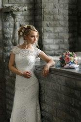 Свадебное платье счастливой невесты