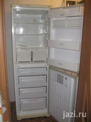 Холодильник Indezit-NBA12,  двухкамерный,  рабочий
